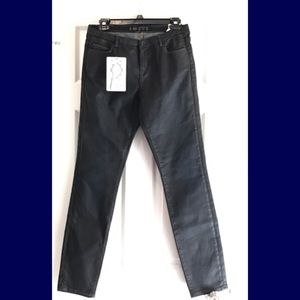 Just in! NWT Zara jeans 👖